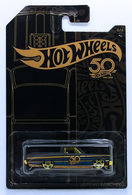 '65 Ford Ranchero | Model Trucks | HW 2018 - 50th Anniversary Black & Gold Collection 6/6 - '65 Ford Ranchero - Matte Black - Gold PR5s