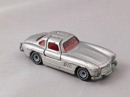 Siku super serie mercedes benz 300 sl model cars f24fb438 0b9e 4638 9ffe 393da1020801 medium