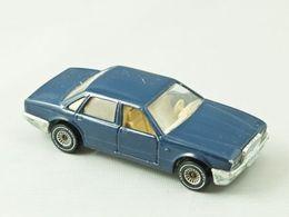 Siku super serie jaguar xj6 model cars 73a040d9 ca6e 4672 ab65 d0cb4edc6451 medium