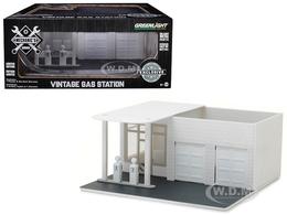 Vintage Gas Station | Dioramas