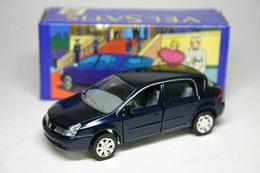 Renault vel satis  model cars 822b4018 991a 42a4 b86a 68527b254f15 medium