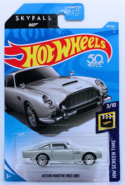 Aston Martin 1963 DB5 | Model Cars | HW 2018 - Collectors # 078/365 - HW Screen Time 3/10 - Aston Martin 1963 DB5 - Silver - USA 50th Card with 'Skyfall 007'