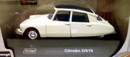 Bburago street  classics collection citroen ds 19 model cars 1b4e064d 1b3f 4252 b332 d5c570986690 medium