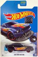 2005 ford mustang model cars a82f4d96 0551 41cc b84c 13d41743e771 medium