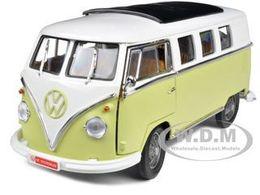 1962 volkswagen microbus model trucks df5a836c 6c0b 49ad b487 c4a1948e2e0c medium