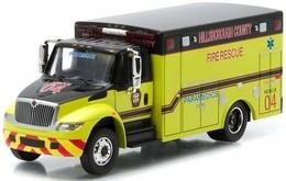International durastar ambulance model trucks 22bc5f29 550f 4dc5 ac6f e99c81f7872e medium