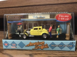 American Graffiti Moments In Time Series III Motor Max 1:64 Scale | Model Vehicle Sets