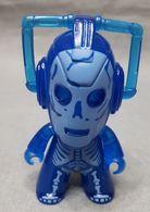 Cyberman vinyl art toys aa43392f 35cb 4c79 8df0 11b44f79d51a medium