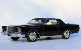 1970 lincoln continental mark iii model cars 327e7e83 0142 4ffb b7ca f30d2cd000d2 medium