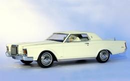 1971 lincoln  continental mark  iii model cars dadce896 3cde 400f 9988 773fa8028b4c medium