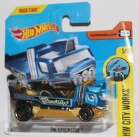 The Haulinator   Model Trucks   2017 Hot Wheels- The Haulinator ( HW CITY WORKS ) INTERNATIONAL SHORT CARD.