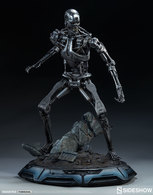 Terminator t 800 endoskeleton statues and busts 6a5f7f62 2191 4405 bdd9 0f50bbae2de8 medium