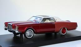 1971 lincoln  continental mark  iii model cars 98cfee13 e96d 4fd9 a179 2971c0bdea55 medium