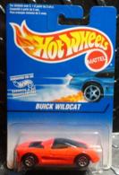 Buick wildcat    model cars 1226cc81 1dee 430f a9f0 d629d1f3f90e medium