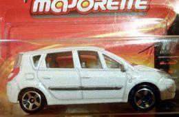 Majorette metal renault scenic model cars ed35ae69 209c 46ed 8ff0 d6e4ac21d626 medium