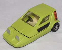Corgi toys corgi cars reliant bond bug 700es model cars 564671a7 1c8a 4198 a44d 54efebe3e0db medium