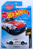 '71 Porsche 911 | Model Racing Cars | HW 2018 - Collector # 115/365 - Nightburnerz 10/10 - New Models - '71 Porsche 911 - White - International Long Card with Urban Outlaw Logo