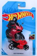 Ducati 1199 panigale model motorcycles 8273675c 5190 4a66 8900 465c625531d3 medium