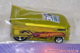 Vw drag bus model trucks 0ad9a862 a7e3 4326 90d8 8ff3f6ecc23e medium