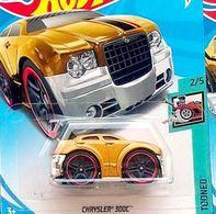 Chrysler 300C (Blings)   Model Cars   2018 Hot Wheels Chrysler 300C Metalflake Gold