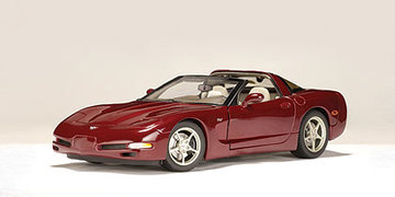 2003 Chevrolet Corvette Coupe | Model Cars