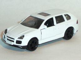 Porsche cayenne turbo model cars a2bb3952 fb46 4623 b159 b672019b03a9 medium