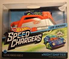 Hot Wheels SPEED CHARGERS (Car and Charger) | Track Accessories | Hot Wheels SPEED CHARGERS Electric charger. (eNightshifter car included)