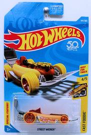 Street Wiener  | Model Cars | HW 2018 - Collector # 144/365 - Fast Foodie 4/5 - Street Wiener - Wheat & Dark Red - USA 50th Card