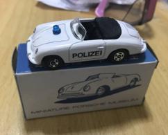 Porsche 356 speedster polizei model cars be801c3d c2b4 4ac0 b6bf 70f02dff261c medium