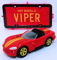 Dodge viper rt%252f10    model cars 15d8f8db d766 4309 80f2 b044e53bddca medium