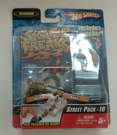 Skate freaks street pack %252316 figure and toy soldier sets a86c1f2b 70c5 42b1 b02e 4f985226cb56 medium