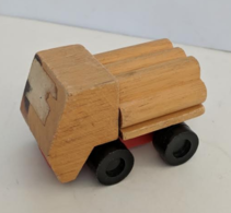 Wood transporter model trucks 11067b68 38bd 4b18 b20a 5e51b302158e medium