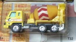 Nissan Diesel Mixer Car   Model Trucks