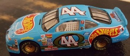 %252344 pontiac gran prix model racing cars 7d950785 0eef 4023 8897 b747b44cb81d medium