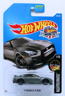 %252717 nissan gt r %2528r35%2529 model cars f216c6a0 7d2c 43c4 b911 88e98e8e852f medium