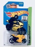 Ducati 1199 panigale model motorcycles 95d19940 e4dc 44b7 ac69 a60a3c1c21e6 medium