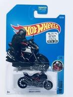 Ducati diavel model motorcycles bc178848 20b9 47ca 8256 4409673e2725 medium