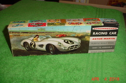 1959 aston martin dbr 1 model car kits a776896d f78a 41cf 9260 01a7a2abbda3 medium