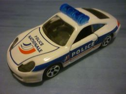Majorette rescue force porsche 996 polizei model cars 55bf8156 44ec 46d5 b7f9 cc3119528738 medium
