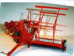 Sunshine Binder | Model Farm Vehicles & Equipment
