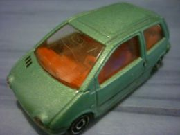 Majorette serie 200 renault twingo model cars b01029a8 a5df 41a2 babb d691d0c4dbaa medium