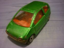 Majorette serie 200 renault twingo model cars 5450a351 7a88 4b7f ae49 a3ecc58dc1a9 medium