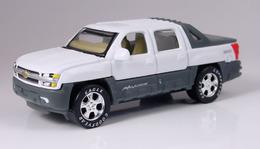 Chevy Avalanche Z71 | Model Trucks