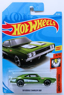 '69 Dodge Charger 500 | Model Cars | HW 2018 - Collector # 092/365 - Muscle Mania 6/10 - '69 Dodge Charger 500 - Green - International Card