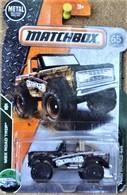Ford bronco 4x4 model trucks d94e6594 21c7 42dd 9b6d c5e10cbca3a3 medium