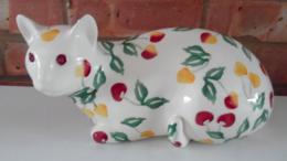 Summer Cherries Right Cat - Emma Bridgewater   Ceramics   Summer Cherries Cat