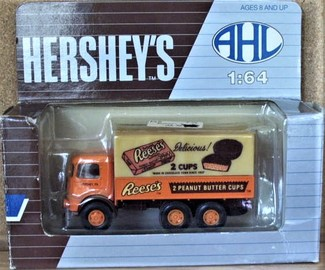 Reeses Peanut Butter Cups   Model Trucks