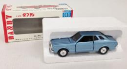 Nissan Bluebird 2000 G6 | Model Cars