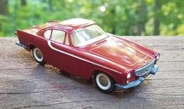 Volvo p 1800 model cars e4373f0d 89d9 46be a2a8 0cc77050b28b medium