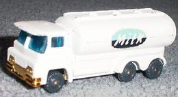 Guy warrior milk tanker model trucks 2e18c440 579c 48e9 980a 5b87ea1e4027 medium